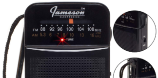 This is an image of Radio portable pocket by jameson in black color