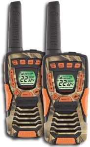 This is an image of  COBRA CXT1045R-FLT-CAMO walkie talkie